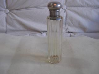 Antiguo Frasco Para Perfume O Colonia, Con Tapon De Plata