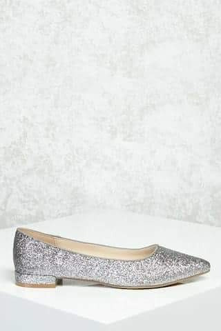 Zapato De Mujer Impirtado Nuevo Plateado Bajo