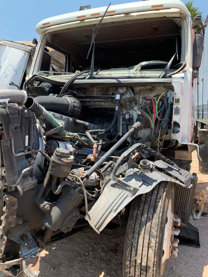Tractocamion Chocado Volvo Motor Ve D12-425 Por Partes