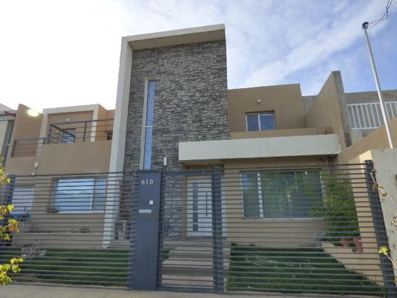 Vendo Casa Moderna En Rincón De Emilio Neuquén