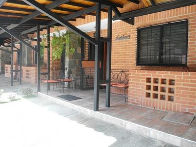 Venta De Town House En El Rincon 290933 Mb