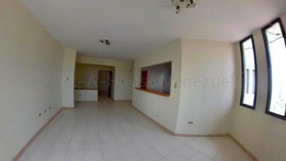 Apartamento En Venta Este Barquisimeto 20-7094 Mf