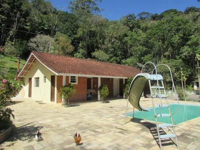 Sitio C/lago E Piscina/ac/ Troca Casa Zona Leste/ref.04705
