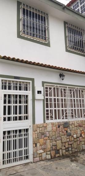 Casa En Venta Gabriela Yañez 0414.471.7170 Cod 414947