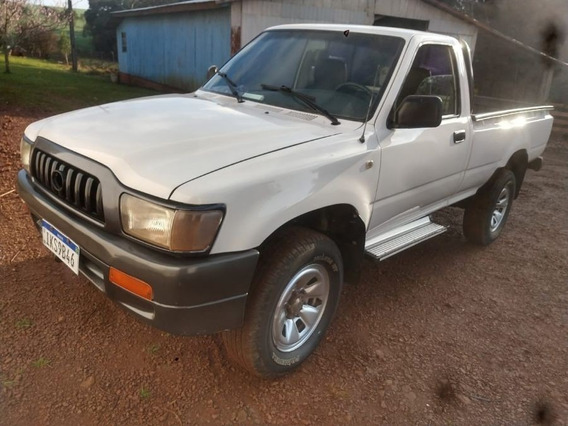 Hilux Cabine Simples 3.0 4x2