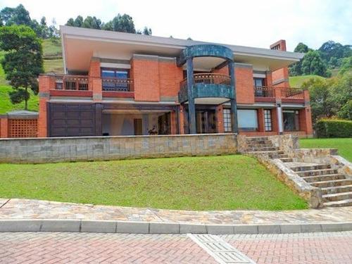 Casas En Venta La Calera 643-4012