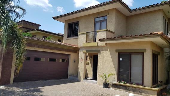 Fabulosa Casa En Venta En Clayton Panama Cv