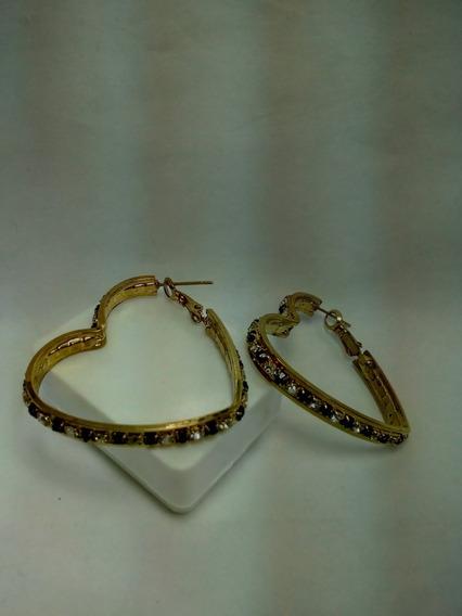 Arracadas Con Forma De Corazón Con Circonias Oro Laminado
