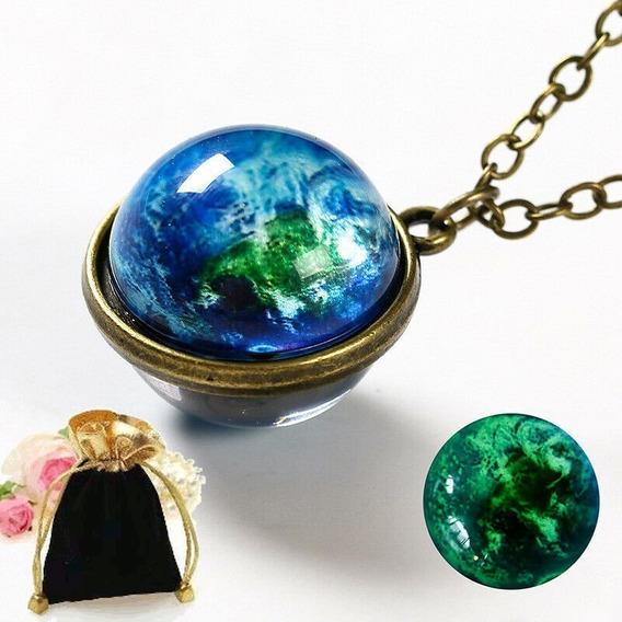 Colar Pingente Brilha Escuro Esfera Planeta Terra Earth