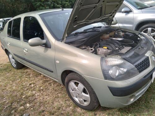 Renault Clio 2005 1.6 16v Privilège 5p