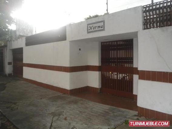 Casas En Venta 19-12401 Josefina Caro 0424-1566697