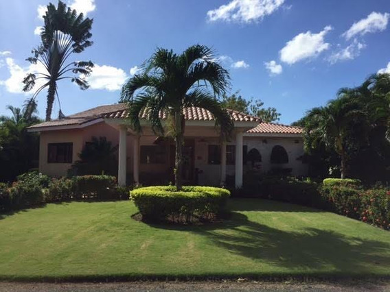 Villa En Alquiler - Guavaberry - San Pedro De Macorís