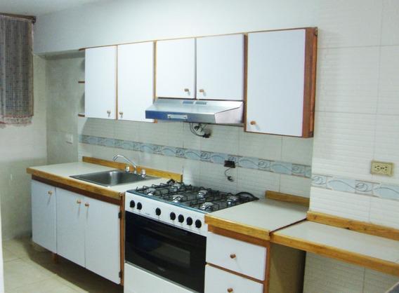 Caa- Apartamento En Venta- Cod. 20-11299- Altagracia