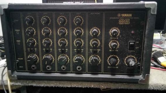 Consola Amplificada Yamaha Em80 Vintage Con Eco