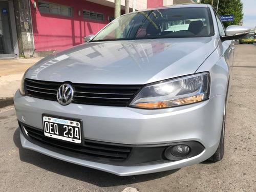 Volkswagen Vento 2.5 Advance Plus Tiptron 170cv 2014
