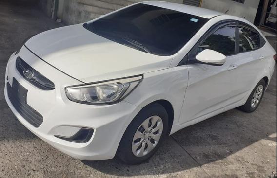 Hyundai Accent Automático