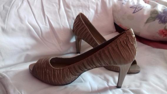 Sapato Usado Arezzo! Muito Lindo E Barato!