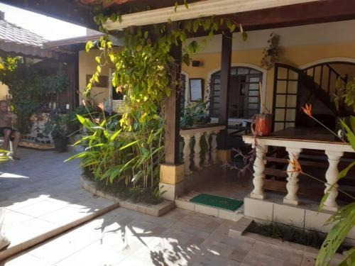 Casa Em Peruíbe Imóvel Mobiliado 2 Dorm 2 Wc 6852
