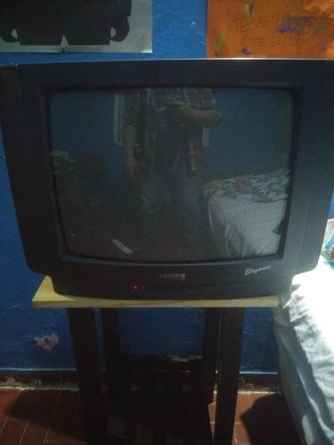 Televisor Crown Mustang 21  C/ Control Remoto