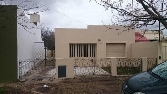 Casa En Alquiler En La Plata | Calle 67 E/ 136 Y 137