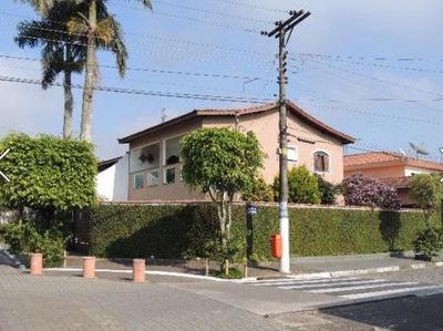 Sobrado A Venda Em São Bernardo Do Campo, Riacho Grande, 3 Dormitórios, 2 Suítes, 4 Banheiros, 4 Vagas - So431