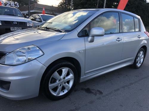 Nissan Tiida Especial Edition 1.8