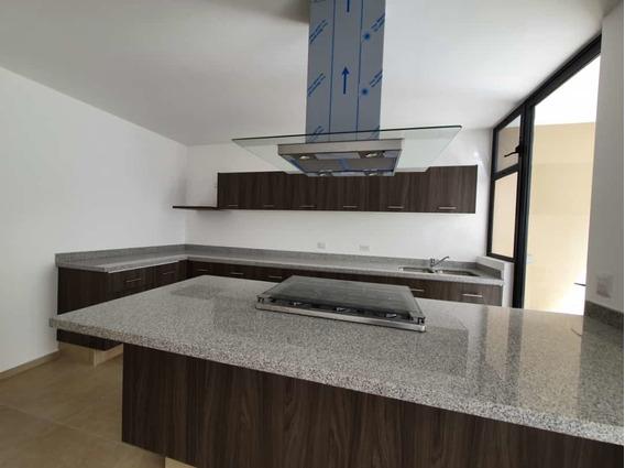 Casa En Renta En Antalia Zibata $14,600