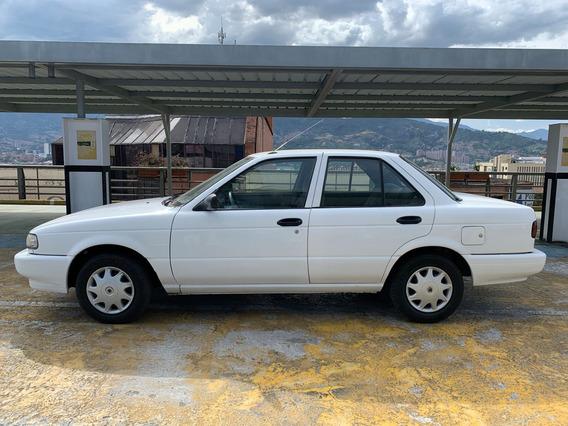 Nissan Sentra Std Cc1600 Mecánico Modelo 2002