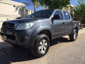 Toyota Hilux 3.0 I Sr Cab Doble 4x4 (2010) Impecable Permuto