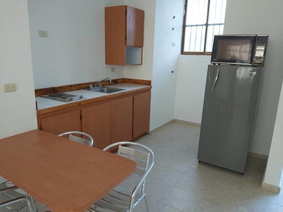 Amplio Apartamento En Tucacas Oportunidad- 0424-4465154