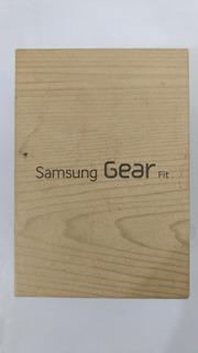 Relógio Smartwatch Galaxy Gear Fit Tela 1,84 R350 Preto Novo