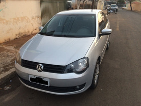 Volkswagen Polo Sedan 1.6 Mi