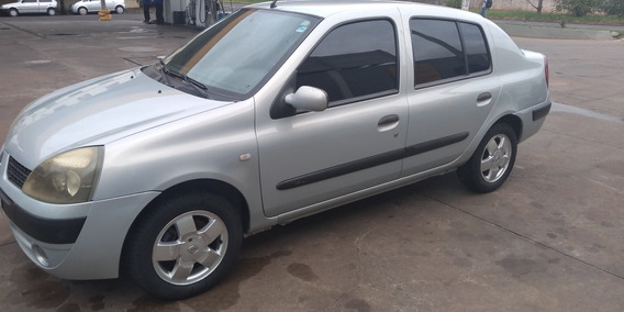 Renault Clio 1.6 Sedan 2004 Completo 4 Pneus Novos