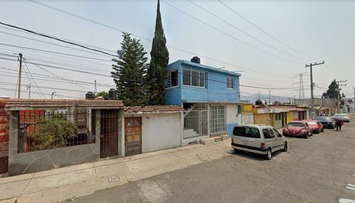 Imagen 1 de 5 de Casa Duplex Sobre La Carretera Toluca México *mac*