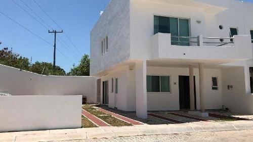 Casa En Renta O Venta En Ciudad Del Carmen. Residencial Las Palmas.