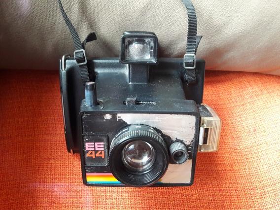 Câmera Fotográfica Antiga Ee44 Polaroid No Estado Leia Des