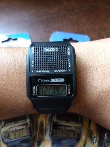 Relógio De Pulso Que Fala Hora Kit Com 02