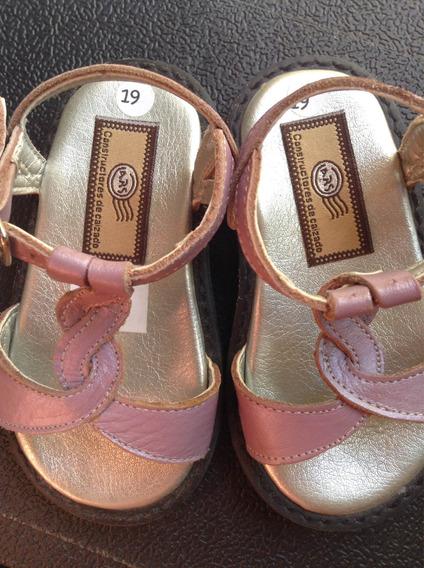 Zapatos Sandalias Nena Talle 19 Cuero Nuevos
