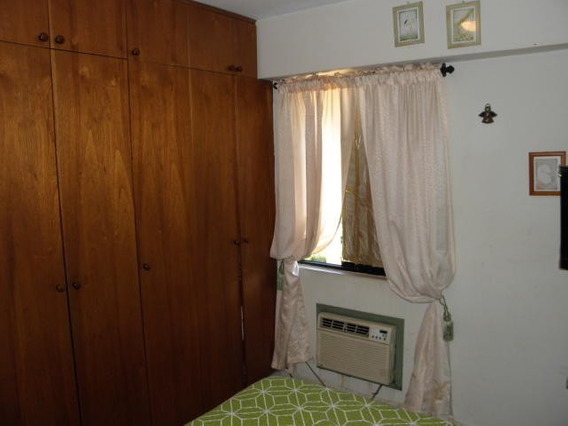 Apartamento En El Bosque 4124393667 20-2852 Rs