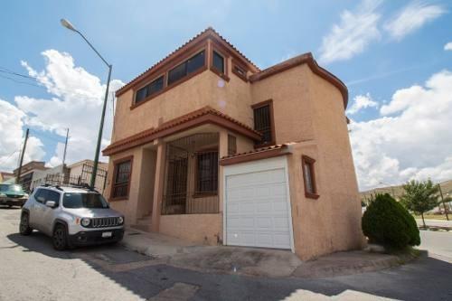 Casas En Venta Jardines Universidad Chihuahua