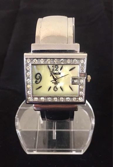 Relógio Feminino Jimin Branco Produto De Mostruário 019