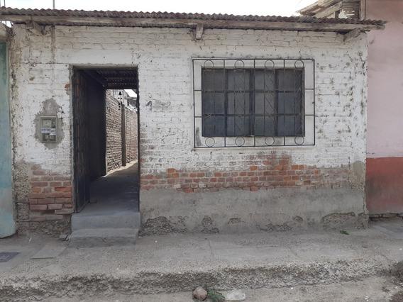 Casa De 5metros De Ancho Por 30 De Largo