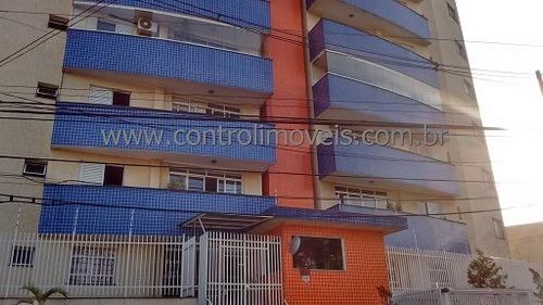 Imagem 1 de 6 de Apartamento - Ref: 00828