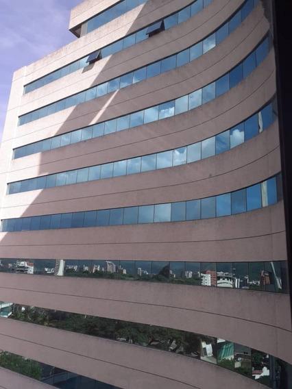 Oficina En Alquiler En Cc La Viña Plaza