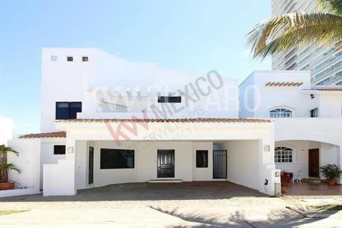 Casa En Residencial Privado Cerritos Resort Mazatlán.