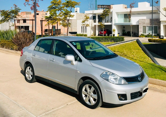 Nissan Tiida Sedan Emotion 2010 - Particular