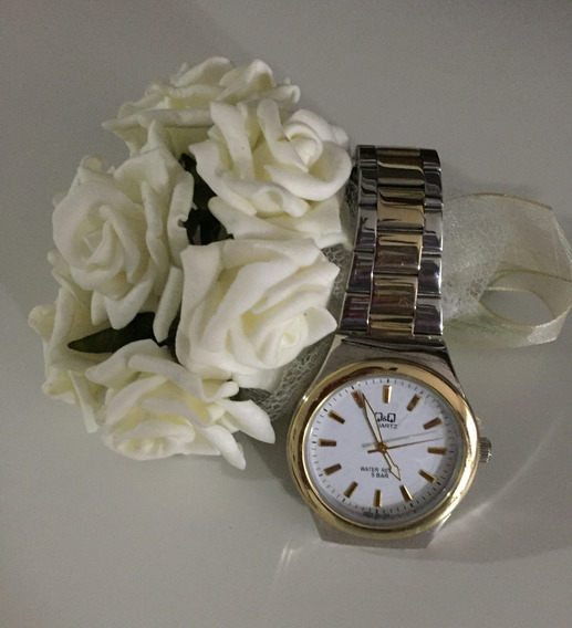 Relógio Redondo Misto Unissex Prata Dourado - Q&q (citizen)