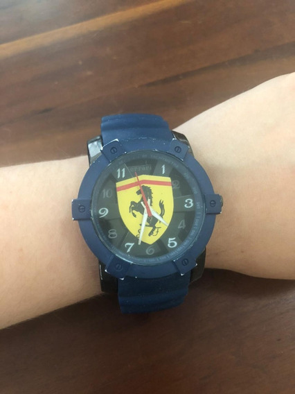 Relógio Analógico Ferrari