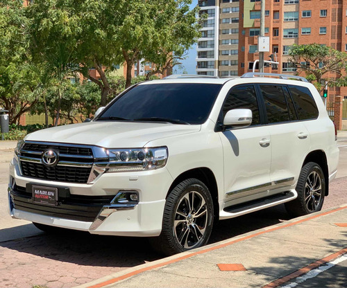 Toyota Land Cruiser 200 2019 4.5 Imperial Fl