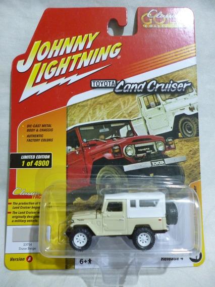 Johnny Lightning Toyota Land Cruiser - J P Cars